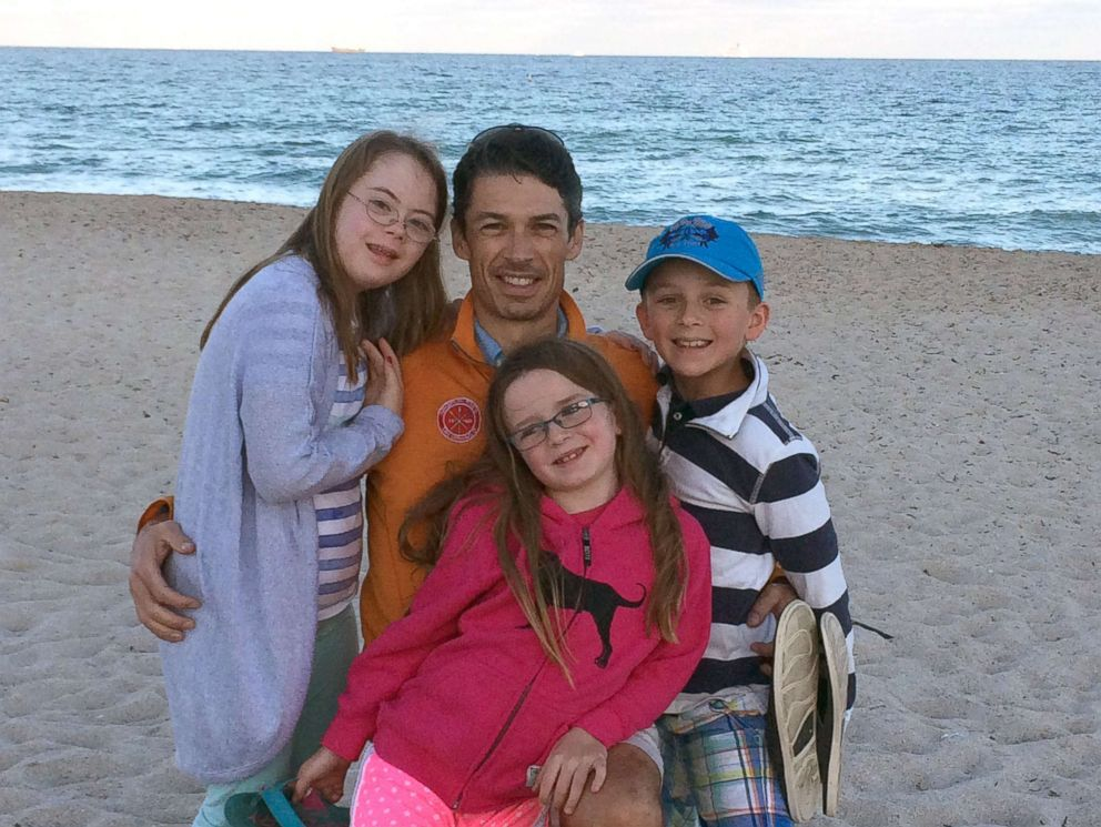 PHOTO: Penny Becker with her siblings and dad at the beach.
