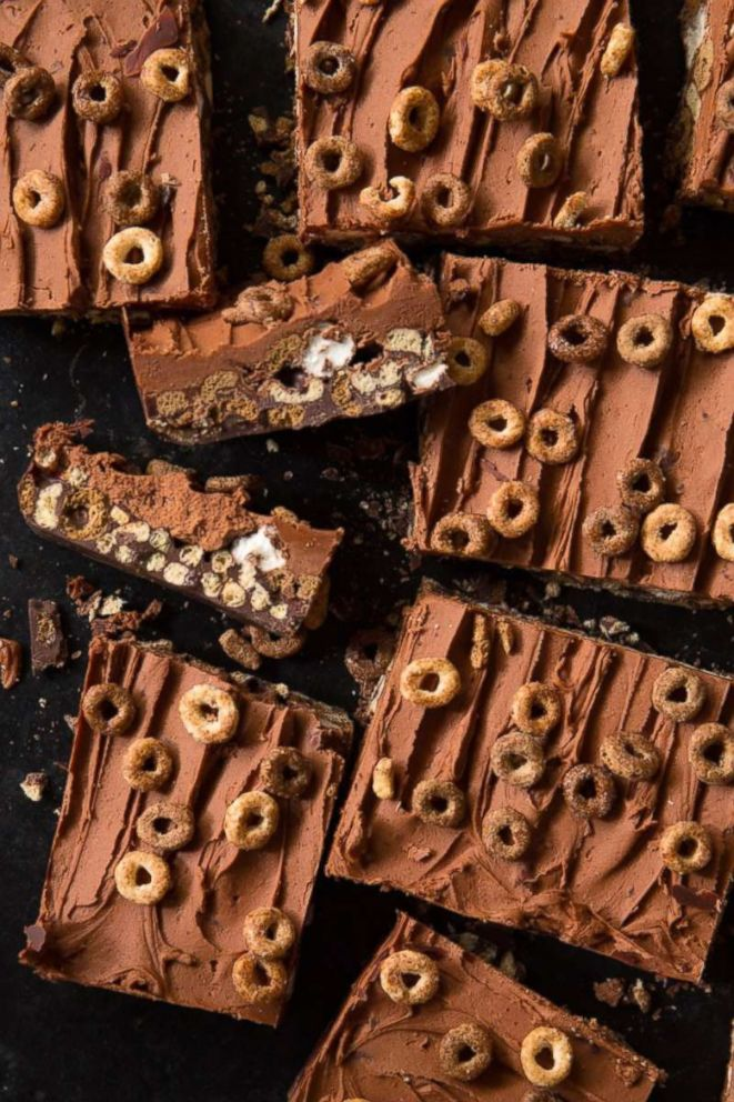 PHOTO: Matt Robinson, the food blogger behind Real Food by Dad, shares his recipe for blackout chocolate and peanut butter cheerio bars.