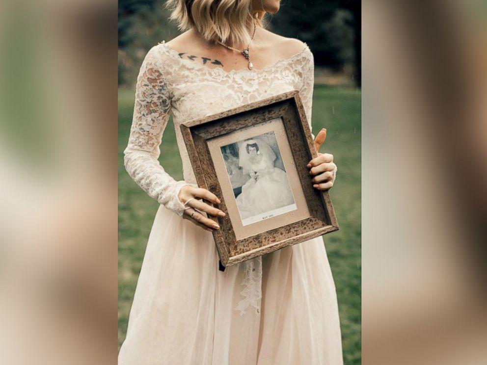 PHOTO: Wedding photographer captures first look photos between a bride and her grandmother.