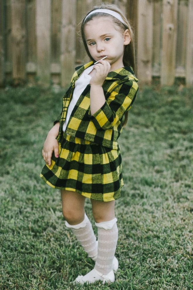 PHOTO Abigail Curry 4 channels her inner Cher Horowitz.  sc 1 st  ABC News & As if! Toddlers dress as u0027Cluelessu0027 besties Cher and Dionne for ...