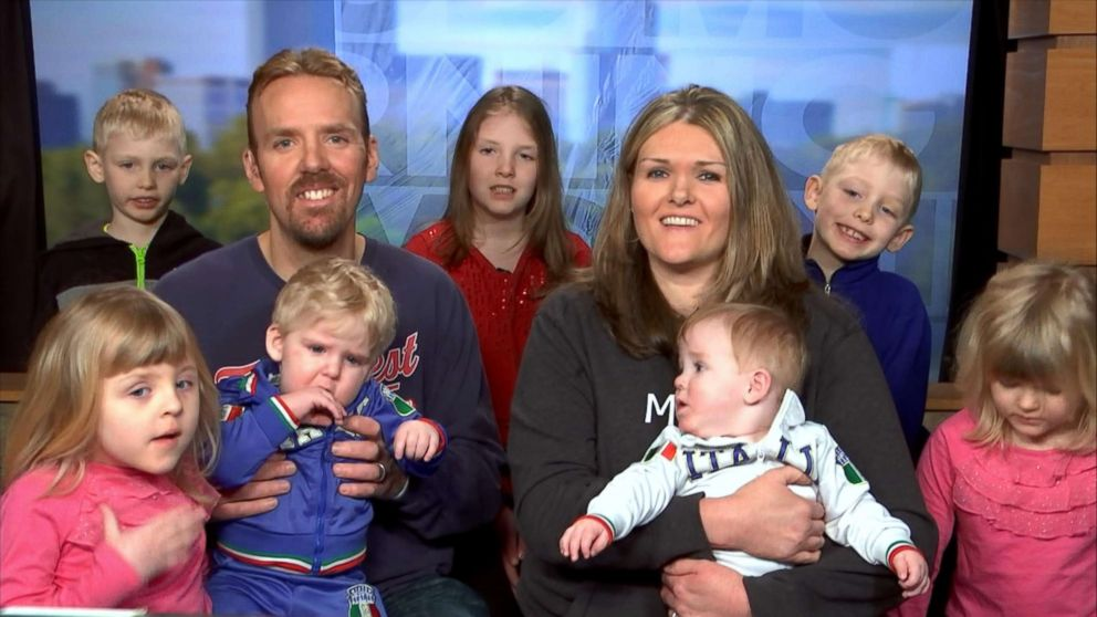 PHOTO: Julie and Lance, the Minnesota couple who welcomes sveen children via IVF, joined Good Morning America today with their kids from Minneapolis.