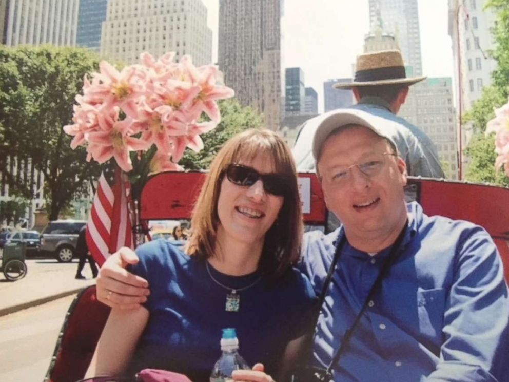 PHOTO: Dan and Vicki West have been married since 1993.