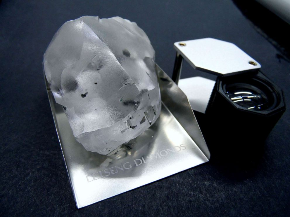 910-carat found in southern African kingdom