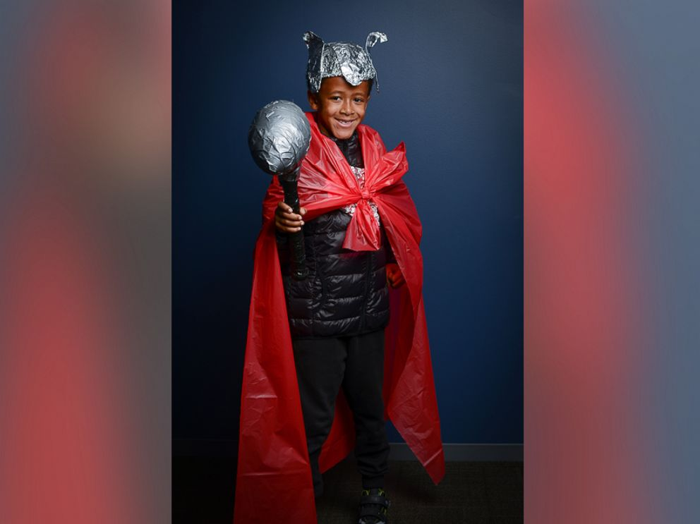 PHOTO To create this Thor costume use a quilted black puffer coat as armor  sc 1 st  ABC News & How to make last-minute superhero costumes for children - ABC News