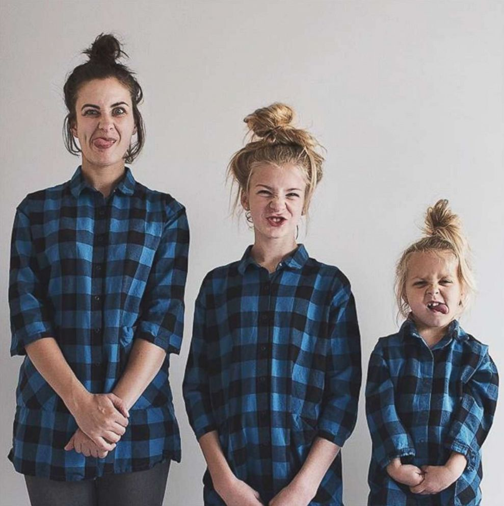 PHOTO: Dominique Davis and her daughters Penny, 4, and Amelia, 11, post a weekly photo of themselves dressed alike.