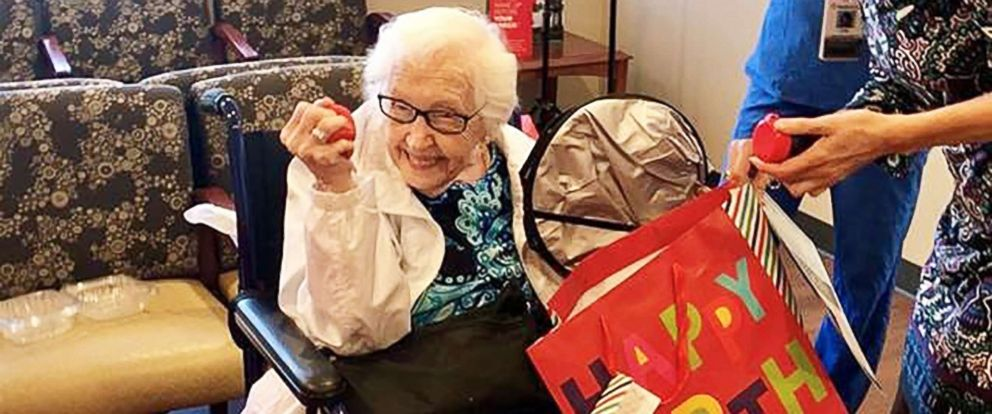 Dallas hospital surprises 99-year-old patient with birthday