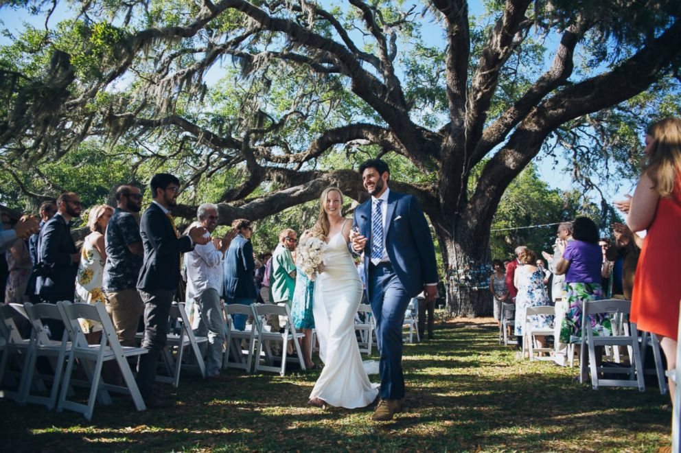 PHOTO: Enie and Marc Hensel tied the knot under an oak tree in St. Augustine, Florida, in 2017.