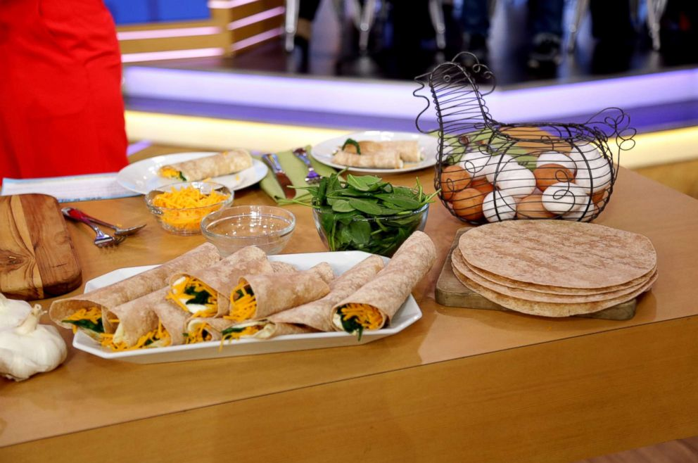 PHOTO: The Chew co-host Carla Hall teamed up with Quaker Oats, a sponsor of Good Morning America, to share her recipe for an egg white spinach breakfast wrap.