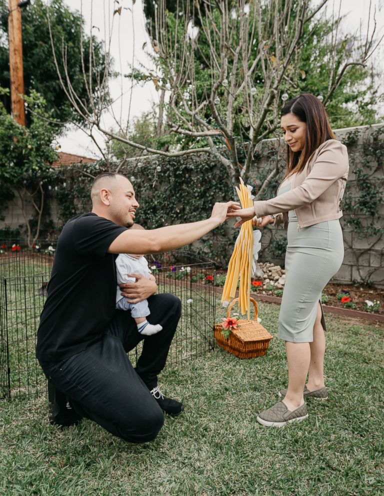 PHOTO: Jorge Peniche proposed to his girlfriend Letty Martinez with an egg on Easter.
