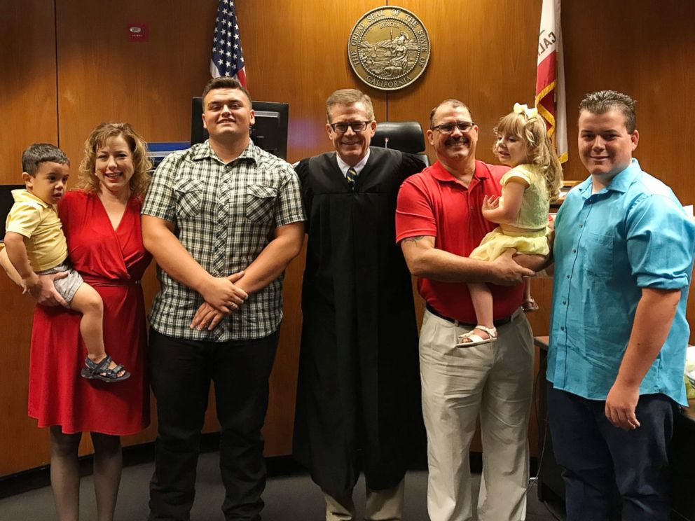 PHOTO: Carson Petersen seen with his parents, Tex Petersen, Renee Petersen, brother Hunter, 18, sister Kaylynn, 4 and brother Joshua, 2, on July 7, 2017, at the Fresno County Superior Court .