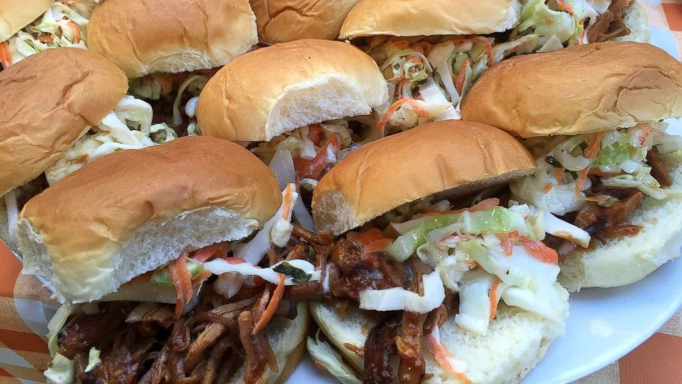 food network chef s top memorial day weekend bbq party tips and