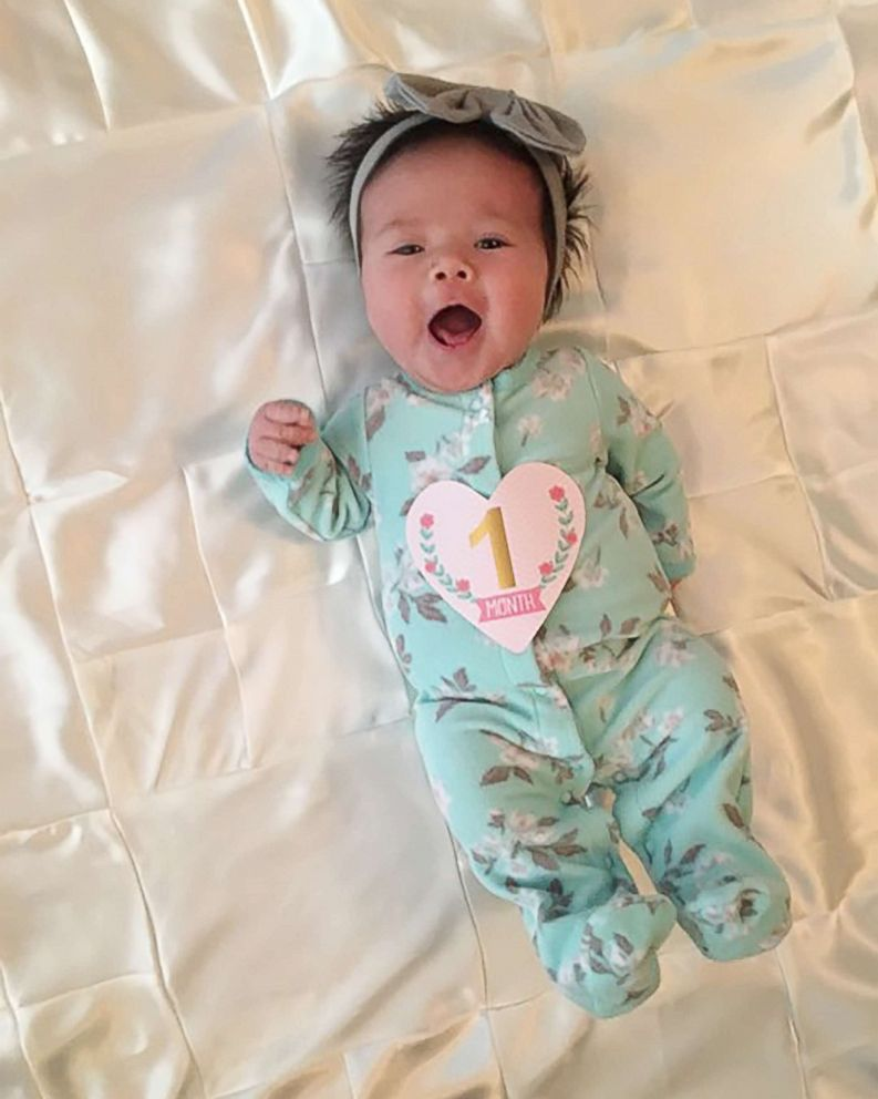 PHOTO: Sadie Mae Stone celebrates her one-month-old birthday on Nov. 11, 2017.