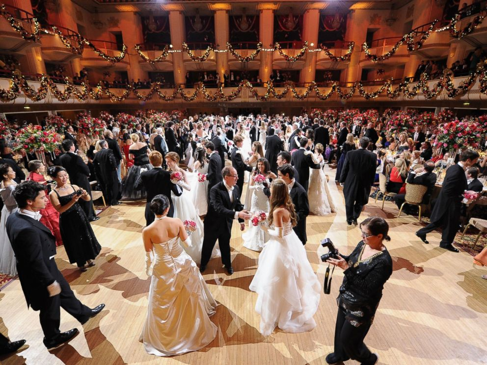 PHOTO: A general view of atmosphere during the 60th International Debutante Ball at The Waldorf Astoria on Dec. 29, 2014 in New York City.
