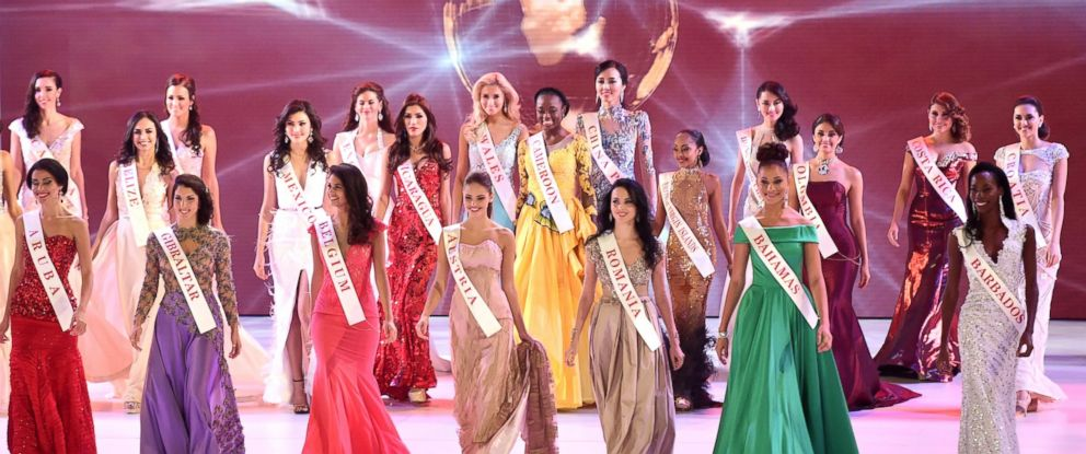 PHOTO: Contestants parade during the grand final of the Miss World 2014 pageant at the Excel London ICC Auditorium in London on Dec. 14, 2014.