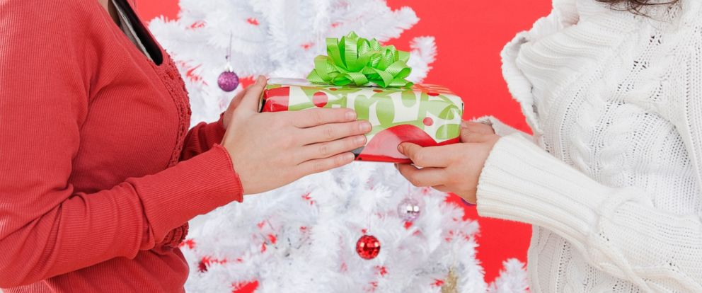 PHOTO: Expert offers seven tips for re-gifting those holiday gifts.