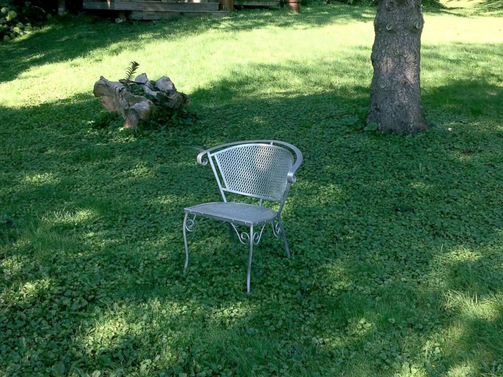 PHOTO: This chair was left in Harvey Djerfs neighborhood in Plymouth, Minnesota.