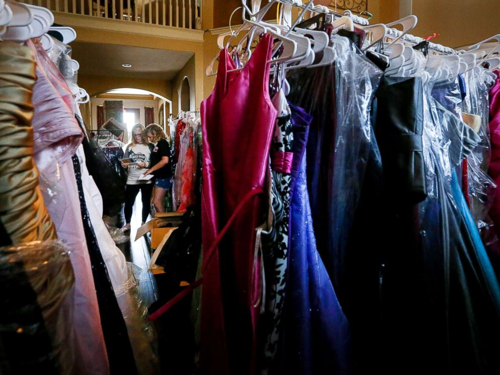Teen Collects Over 2000 Homecoming Dresses For High School Students