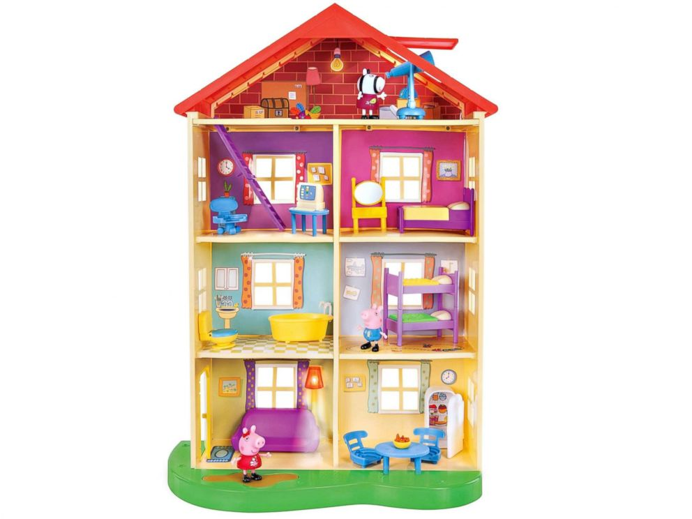 PHOTO: Peppa Pig Lights & Sounds Family Home