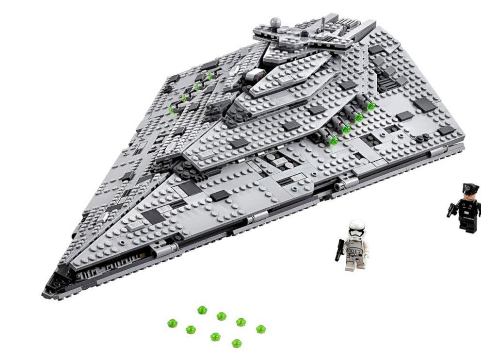 PHOTO: First Order Star Destroyer
