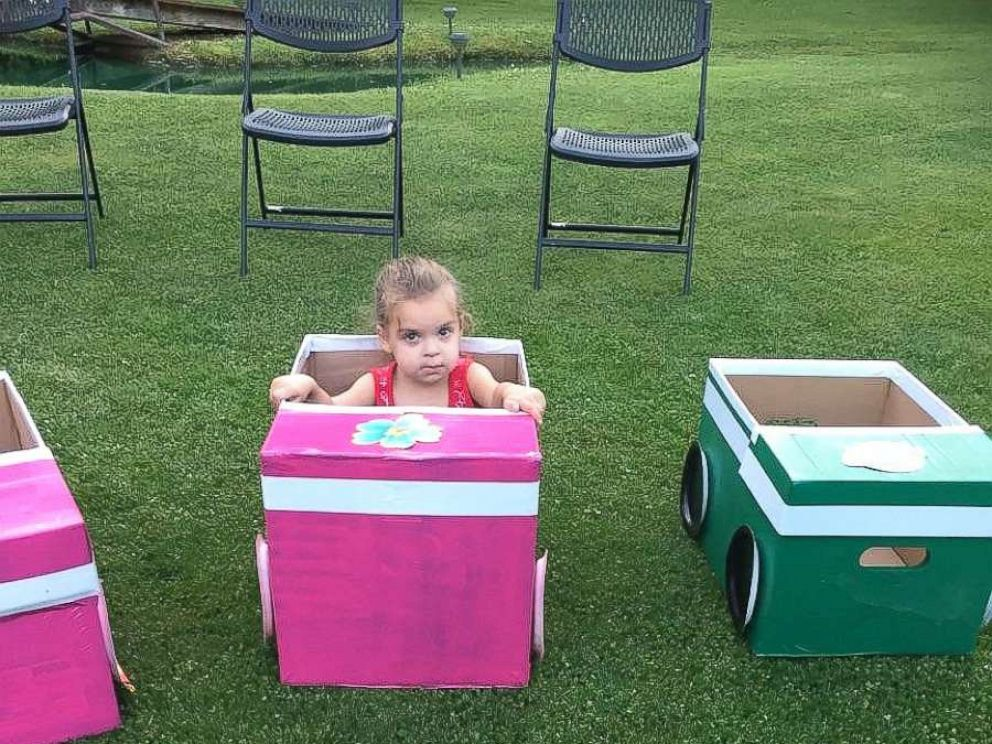 PHOTO: Sherry Pratt of North Jackson, Ohio, built homemade cars out of boxes for the children in their family to enjoy a backyard drive-in movie.