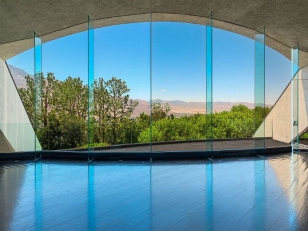 Photo Bob Hopes Former Palm Springs Home Which Recently Sold For 13 Million
