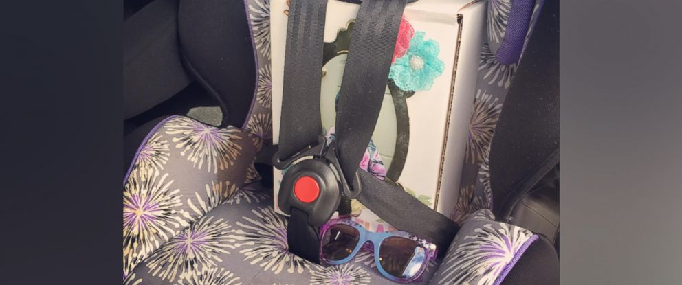 PHOTO: Moms moving photo of her daughters urn in her car seat helps keep Ellie Waltons memory alive.