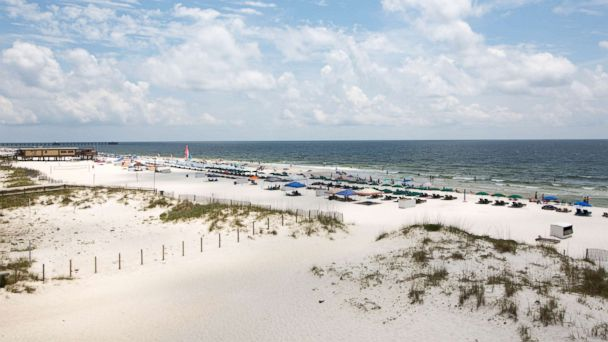 PHOTO: Gulf Shores is one of the 8 most crowded U.S. beaches.