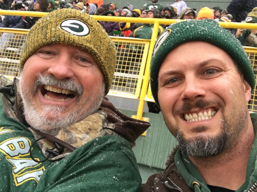 PHOTO: Rich Nowakowski, of Hartland, Wisconsin, was shocked when the construction crew near his house gifted him with Packers tickets, $400 in cash and special team gear.