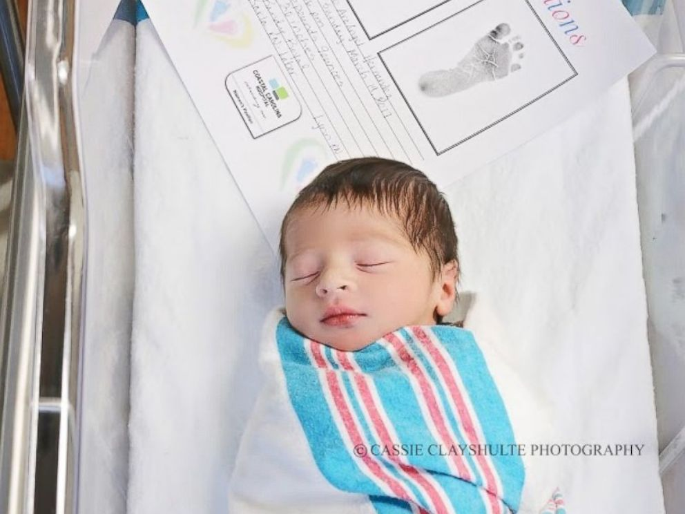 PHOTO: Baby Romeo and baby Juliet were delivered by the same doctor, 18 hours apart, at Coastal Carolina Hospital in Hardeeville, S.C.