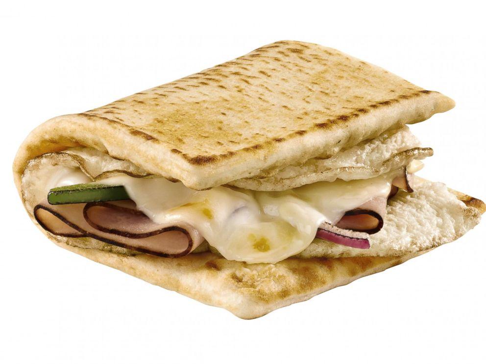 PHOTO: Subways Black Forest Ham, Egg & Cheese Melt