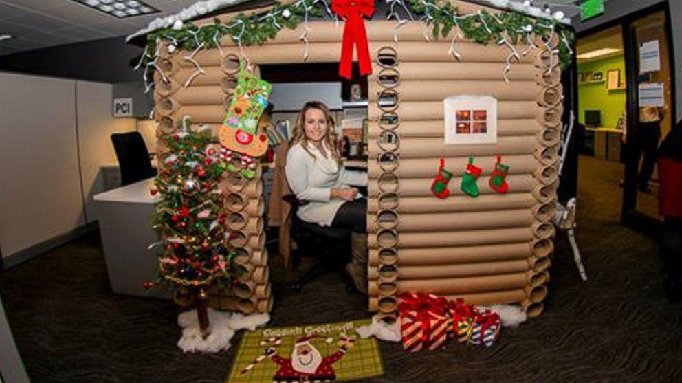 Angela Westfield, 29, transformed her cubicle at the W Minneapolis into a log cabin wonderland.