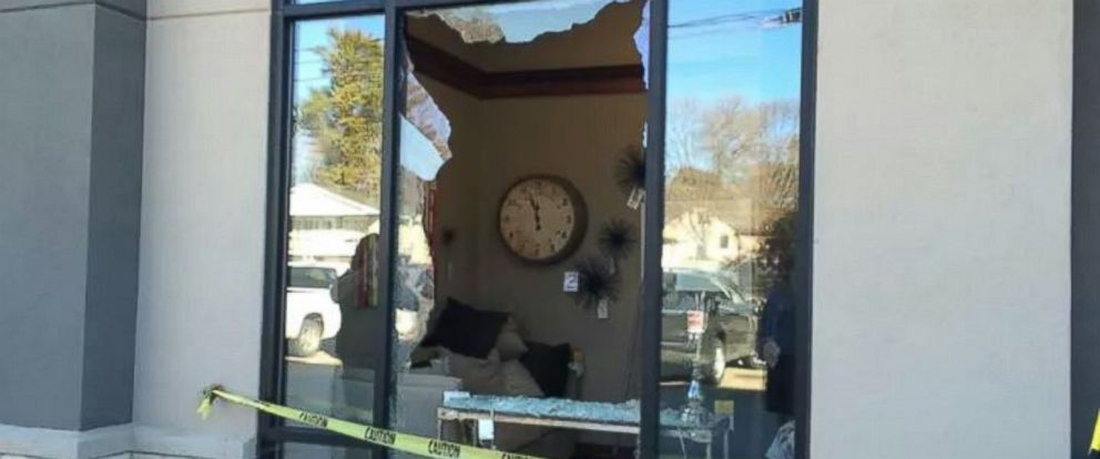 Deer Crashes Into Iowa Furniture Shows Himself Out The Door