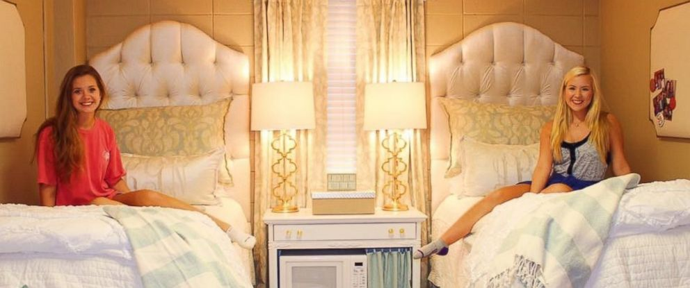 PHOTO: College Roommates Ultra Chic Monogrammed Dorm Room Goes Viral