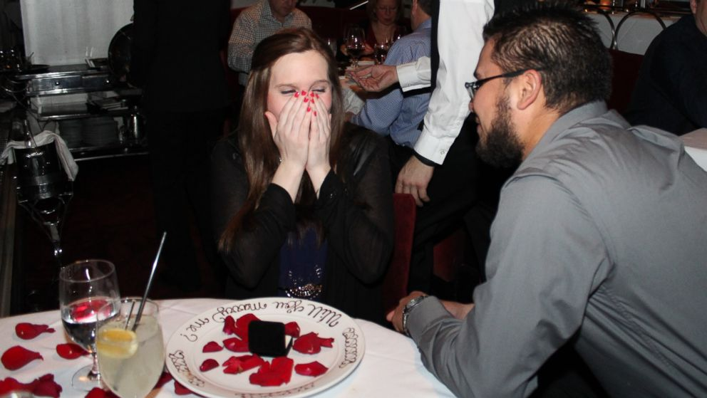 How This Restaurant Pulls Off Americas Most Marriage Proposals