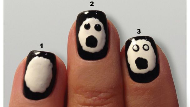Ghost face manicure tutorial.