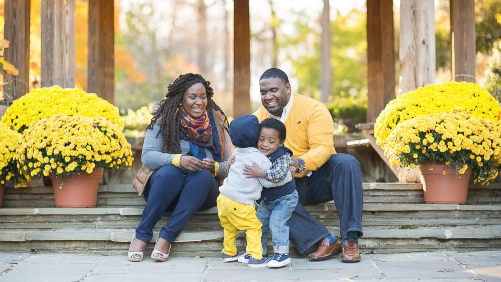 how to take the best holiday card family photo abc news