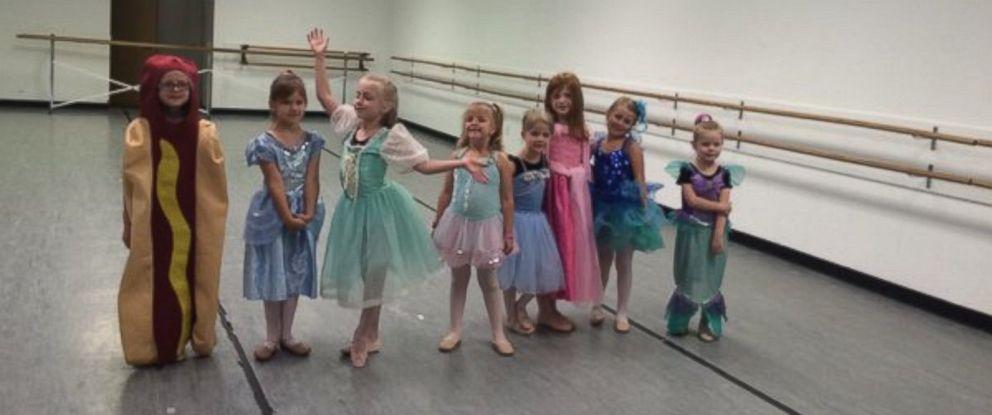 "PHOTO: Hot Dog Princess ""Relishes"" in Dance Class Creativity"