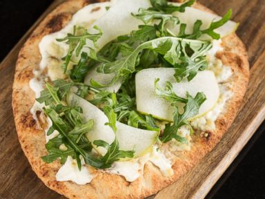 Pear and arugula flatbread recipe kentucky derby recipe abc news photo pear arugula flatbread forumfinder Image collections