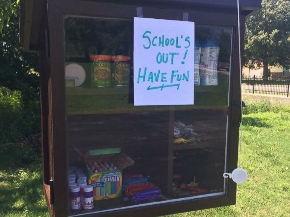 PHOTO: Woman's Little Free Pantry Offers Food, Personal Hygiene Items to Those in Need