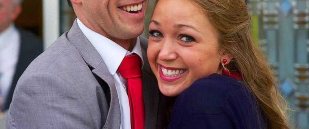 PHOTO: Liz Jensen, pictured with fiance Jimmy Gillespie, was surprised to find that a stranger paid for her wedding gown.