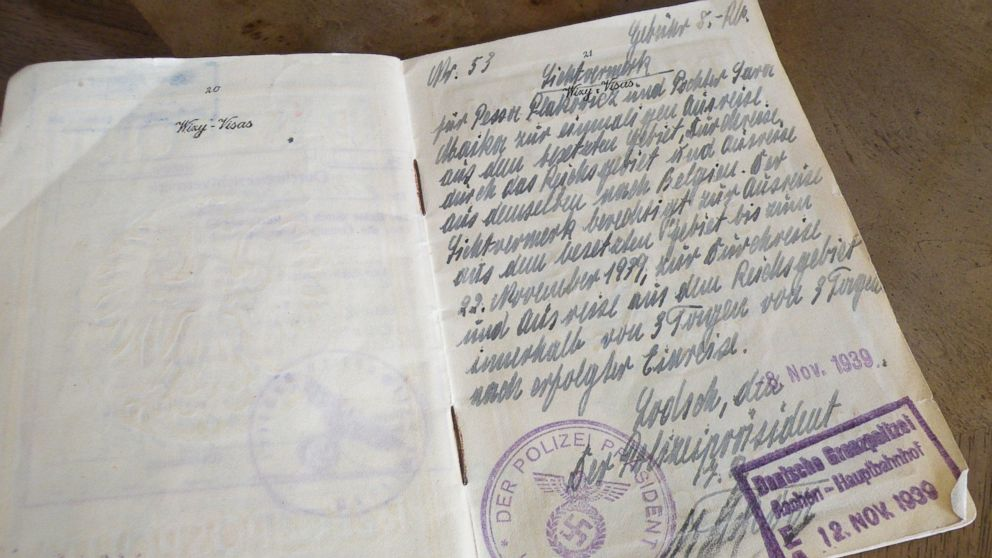 The page of Marks' passport where the Nazi officer authorized a trip out of Poland.