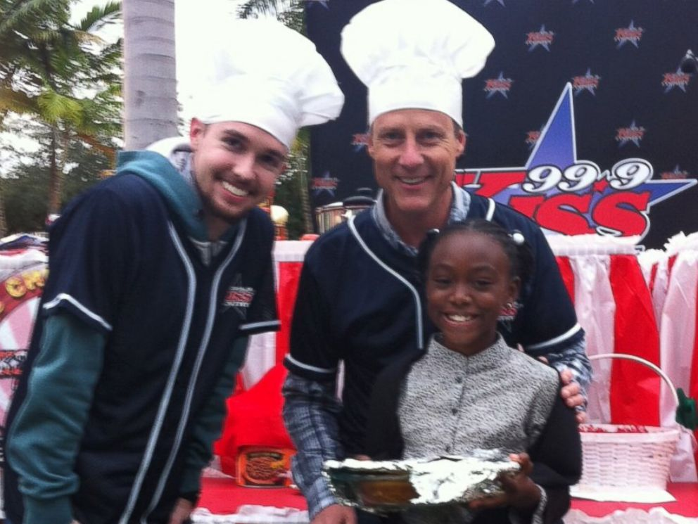 PHOTO: Eight-year-old Taylor Moxey beat out professional chefs to win a cornbread competition.