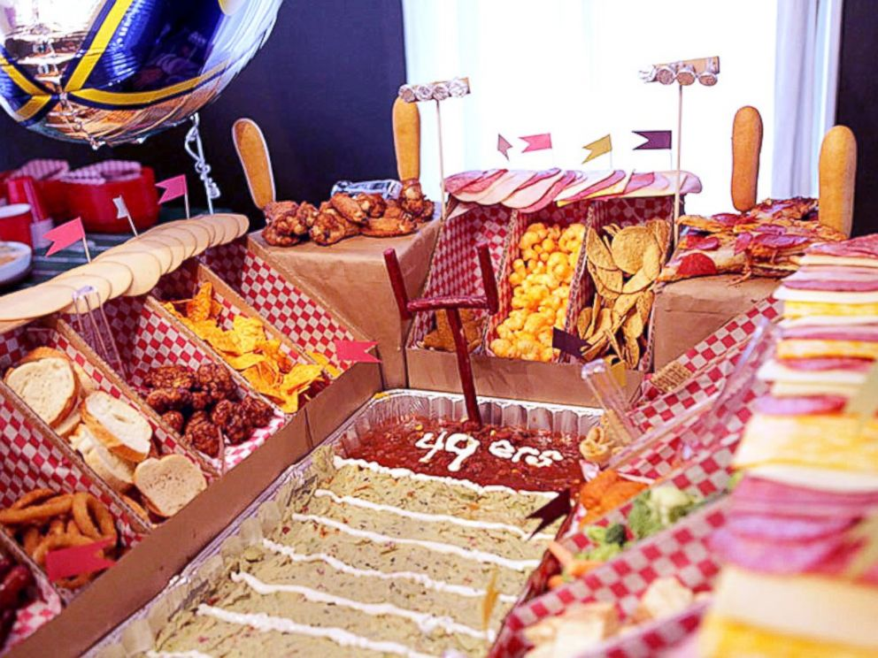PHOTO: Try serving your food in a snackadium this Super Bowl.