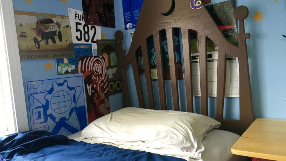 Disney Fans Create Life Size Replica Of Andy S Room From Toy Story Abc News