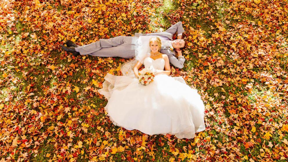 Photographer S Autumn Themed Wedding Shots Will Take Your Breath Away Abc News
