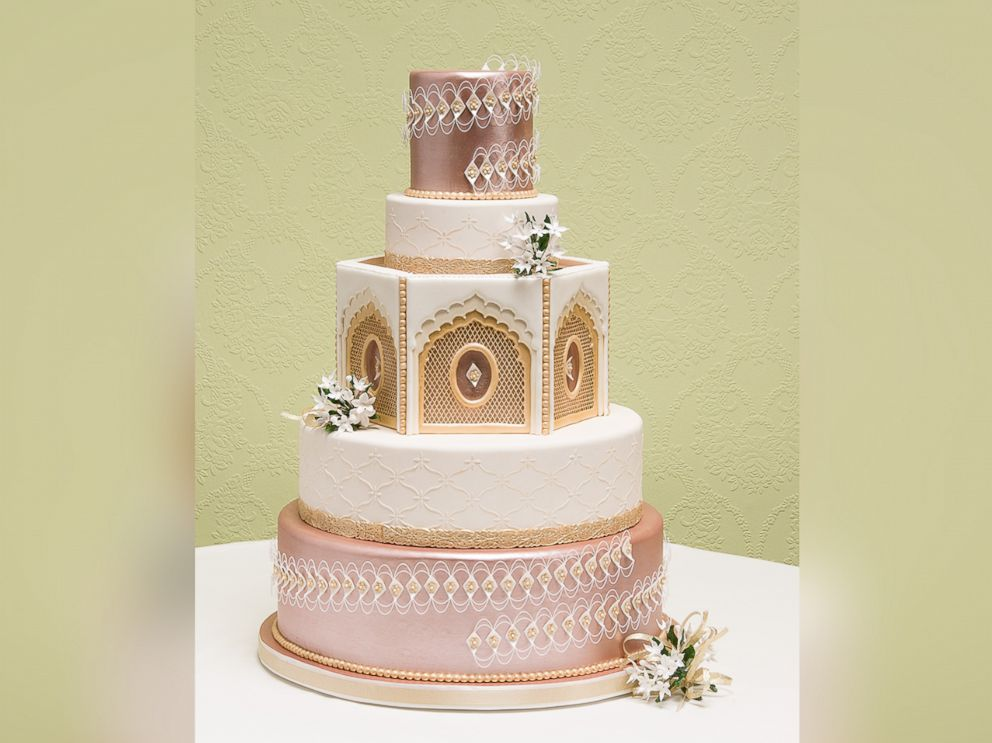 wedding cake award winning see the winners of the national wedding cake competition 21772
