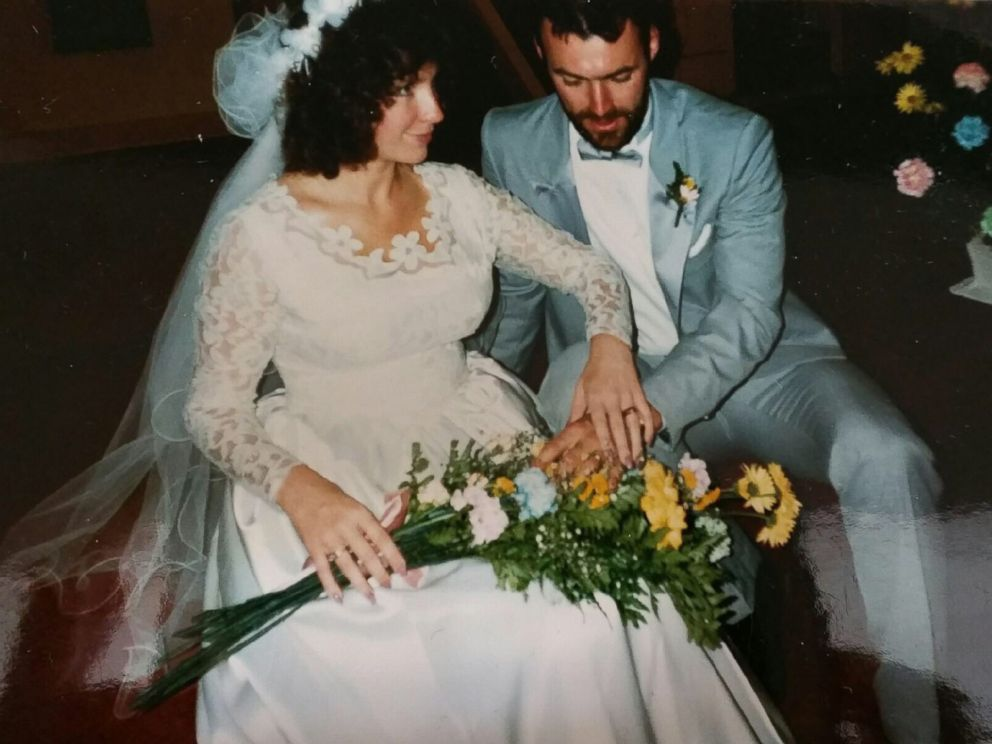 PHOTO: Jill Stawicki and her husband Samuel Stacki are pictured here on their wedding day in 1987.