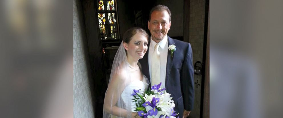 Father Daughter Wedding Dance.Father Daughter Throw Curveball At Traditional Wedding Dance