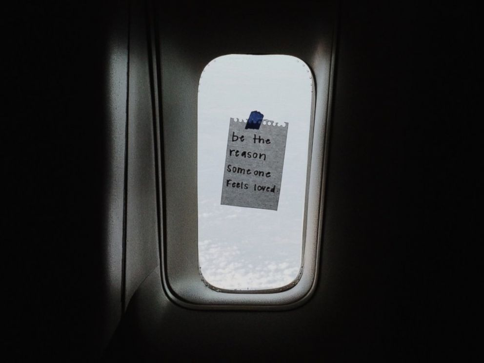 This Flight Attendant Leaves Empowering Notes For Passengers To Simple Flight Quotes
