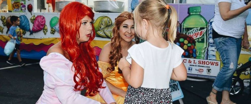 PHOTO: A group of college students dress up as princes and princesses and visit children in the hospital.